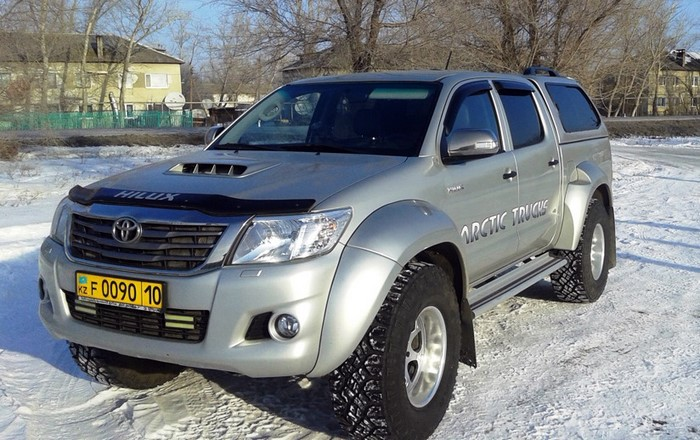 Toyota Hilux AT35 Arctic Trucks
